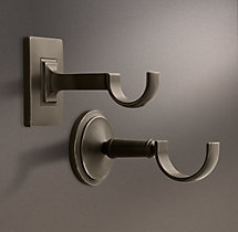 Estate Center Bracket Oil-Rubbed Bronze