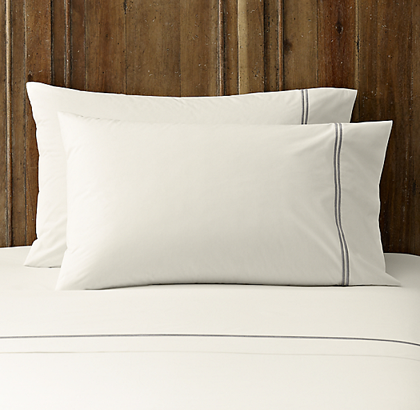 Italian Hotel Satin Stitch Ivory Pillowcases (Set of 2)