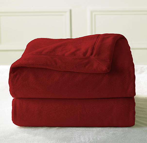 Luxury Plush Throw Garnet