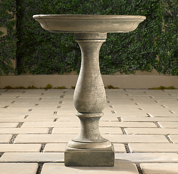 Williamsburg® Birdbath