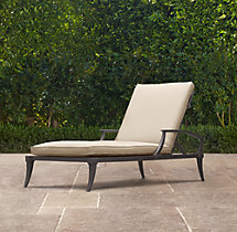Klismos Chaise Painted Metal