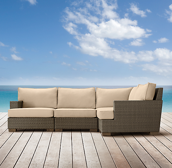 Del Mar Customizable Sectional