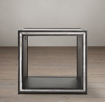 Strand Mirrored Cube Side