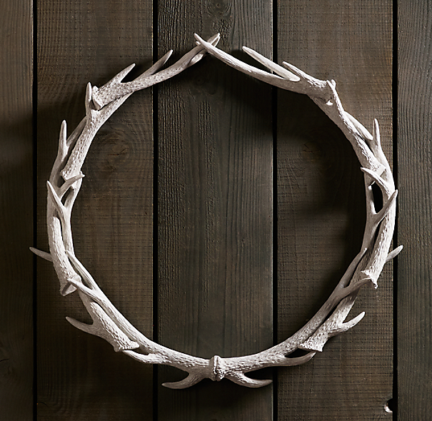 "Weathered Antler Wreath 36"" - White"