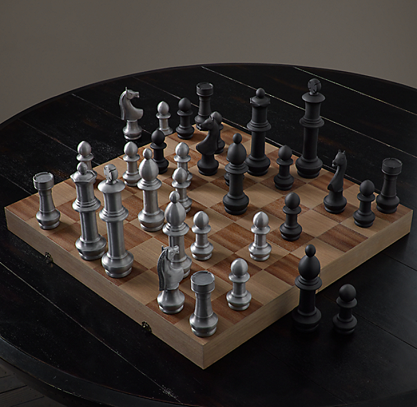 Giant Vintage Chess