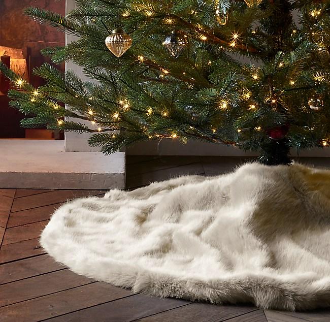 Ultra Faux Fur Tree Skirt
