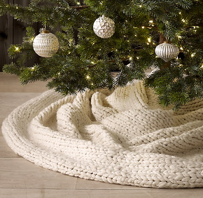 Chunky Hand Knit Tree Skirt