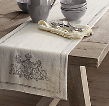 Wentworth Crest Linen Runner