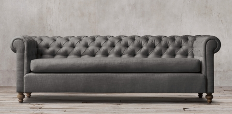 Charmant 19th C. Chesterfield Collection