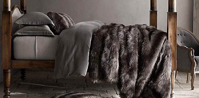 Throws, Blankets & Pillows | RH