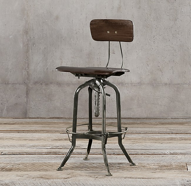 - 1940s Vintage Toledo Bar Chair