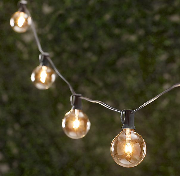 Outdoor Bistro Solar Powered Globe String Lights: Party Globe Light String