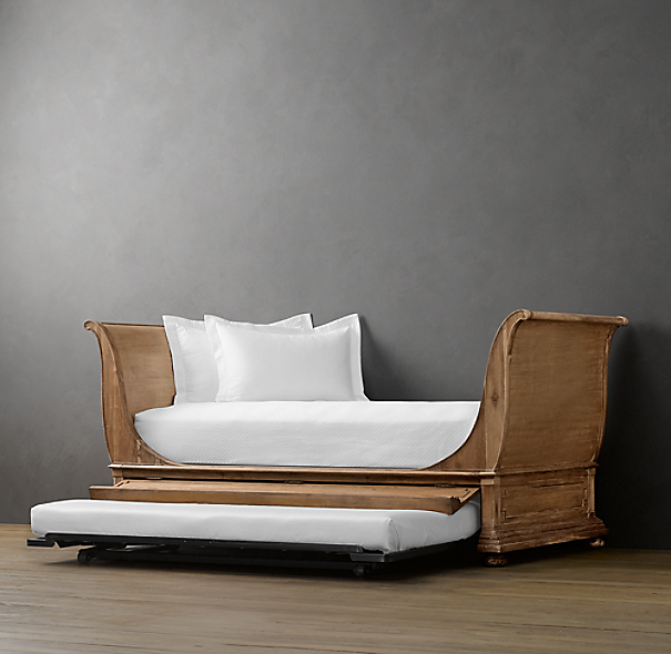 St James Sleigh Daybed
