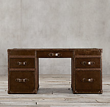 Mayfair Steamer Trunk 5-Drawer Desk