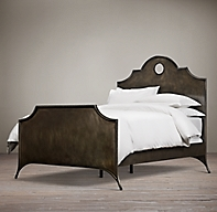 19th C Keyhole Arch Metal Bed With Footboard