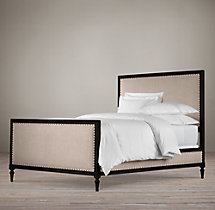 Maison Upholstered Bed With Footboard