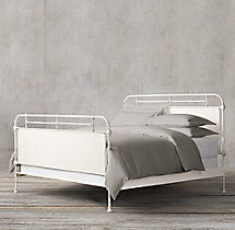 French Académie Panel Bed With Footboard
