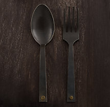 Hammered Steel Rivet 2-Piece Serving Set