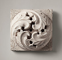 1900s Hand-Carved Acanthus Roundel - Whitewash