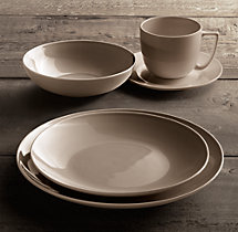 Chinese Porcelain Classic Coupe 20-Piece Dinnerware Set with Classic Coupe Cereal Bowl