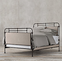 French Académie Fabric Bed With Footboard