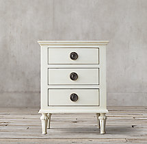 "Maison 20"" Closed Nightstand"