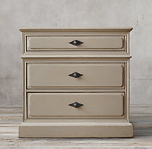 "24"" Montpellier Closed Nightstand"