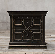 "32"" 17th C. Castelló Closed Nightstand"