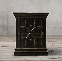 "26"" 17th C. Castelló Closed Nightstand"