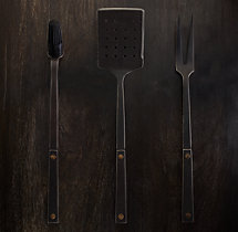 Hammered Steel Rivet 3-Piece Barbecue Tool Set