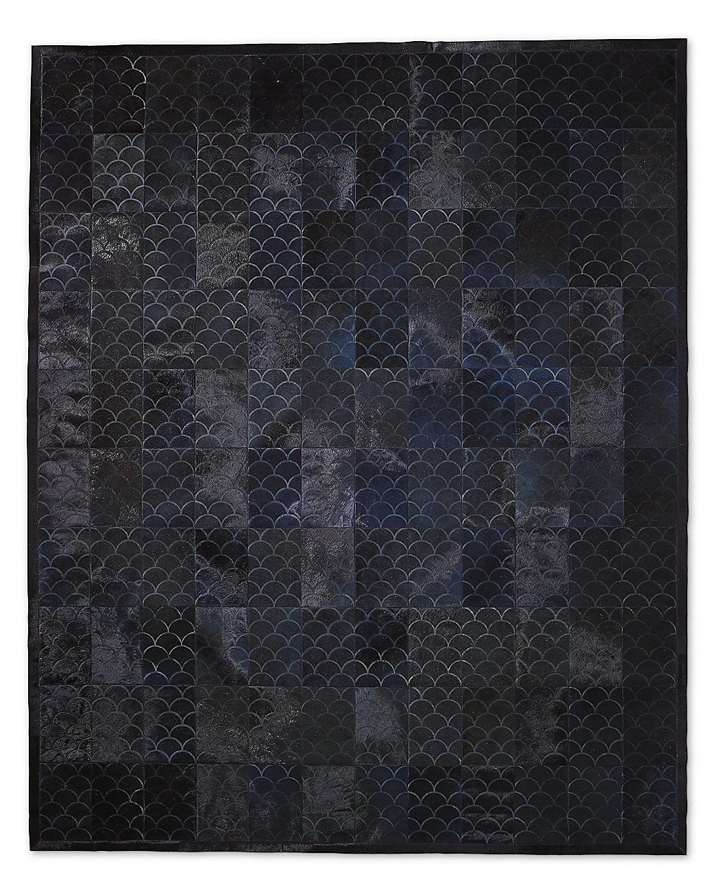 Etched Scallop Cowhide Rug - Navy