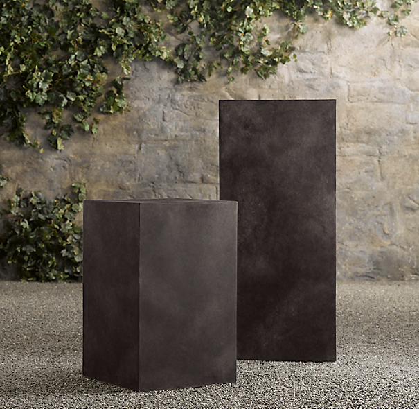 Tivoli Cube Pedestal