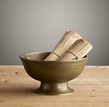 19th C. Cast Brass Bowl - Medium