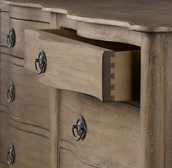 Empire Rosette 8 Drawer Dresser
