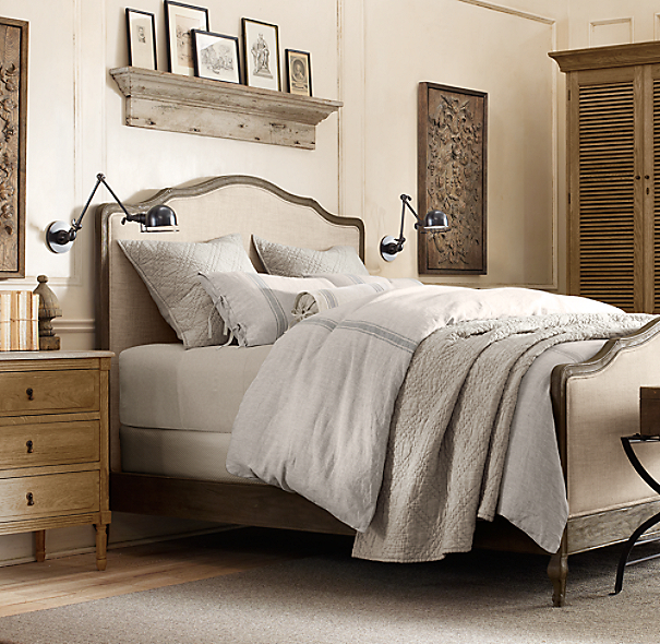 Lorraine Upholstered Bed With Footboard