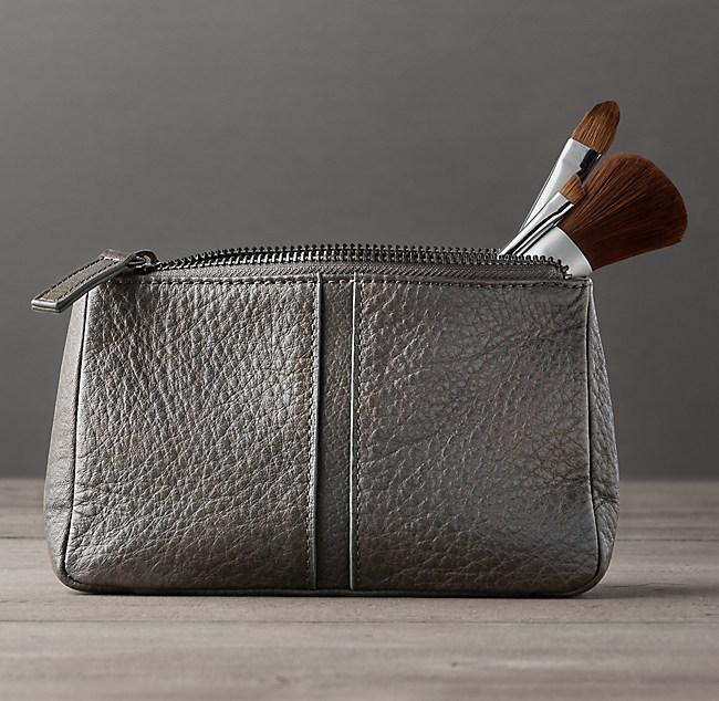 513b1fb5acc6 Prod7501118 E7731469 F V1 Pd Illum 0 Wid 650. Italian Leather Makeup Bag  Small